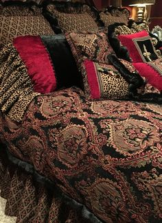 Custom bedding by Reilly-Chance Collection http://reilly-chanceliving.com/collections/bedding