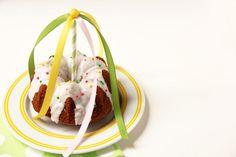 Picture of Mini Maypole Cakes
