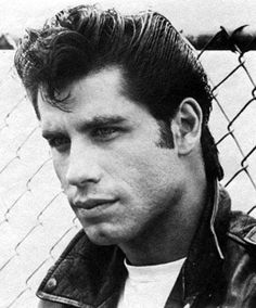 John Travolta as Danny Zuko. I saw the filming of Grease when I was in LA in Also attended a party with the film cast after the stage play, what an amazing night! Danny Zuko, Grease 1978, Grease Movie, Danny Grease, Musical Grease, Grease Boys, Grease Actors, Grease Characters, Grease Sandy