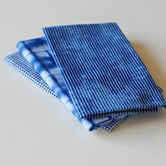 千筋藍、板締め藍、角通藍の3柄。