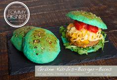 Grüne Kürbis-Burger-Buns mit veg. Burger und Gemüse  Burger vegetarisch patty kärnten