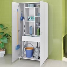Broom cupboard in laundry room Laundry Cupboard, Laundry Closet, Cleaning Closet, Laundry In Bathroom, Utility Room Storage, Laundry Room Organization, Storage Spaces, Laundry Room Design, Room Closet