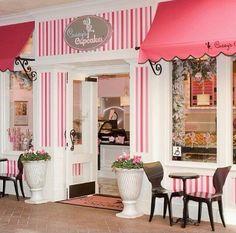 Decoration vintage bakery + Paris style ambient