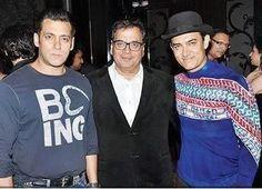 Aamir Khan Brings Back The Hat At Subhash Ghai's Party
