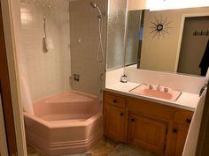 Is this Saul Bass Pomona tile in Cody's 1964 bathroom? Small Bathroom Paint, Bathroom Spa, Bathroom Colors, Master Bathroom, Bathroom Remodel Cost, Saul Bass, Tub Surround, Retro Renovation, Vintage Bathrooms