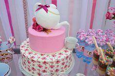Chás | Chá de Panela da Aghata Cupcakes, Cupcake Cakes, Frosting Flowers, Bride Shower, Mothers Day Cake, Towel Cakes, Fake Cake, Baby Shower Fall, Dream Cake