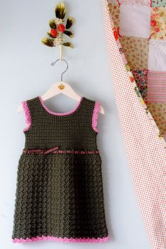 Crochet baby dress. Pattern here: http://www.ravelry.com/patterns/library/bella-baby-dress