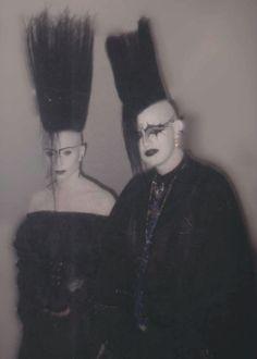 Billedresultat for punk makeup 80s Goth, Goth Glam, Punk Goth, New Wave, Punk Fashion, Gothic Fashion, Dark Siders, Punk Makeup, Blitz Kids