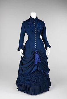 1881 Dress, American, made of wool, linen, silk, and mother-of-pearl