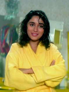 #MadhuriDixit Hum Aapke Hain Koun, Madhuri Dixit Hot, Ethereal Beauty, Indian Celebrities, Bollywood Stars, Beautiful Saree, Timeless Beauty, Indian Beauty, Bollywood Actress