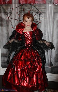 Aubry: Grandma had her hands full with 3 costumes to make this year. She's been making costumes since I (her daughter) was little. It's her obsession. She started asking my kids...