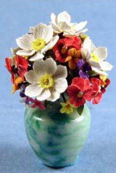 Ed Simms, IGMA fellow - Flower arrangement - anemones, pansies, violets, Tom Fray - turned vase