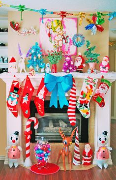 I just adore her christmas displays!  Christmas Mantle by boopsie.daisy, via Flickr