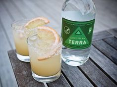Lior Lev Sercarz host of our upcoming Spice Camp Workshops helped us craft our Terra Botanical Gin. In honor of that check out the Salty Dog a simple and citrusy cocktail made with Terra grapefruit and salt! Follow the recipe in our bio.
