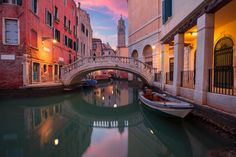 29 Facts About Venice You Probably Don't Know I Boutique Adventurer Venice City, Grand Canal, Banff National Park, Destin Beach, White Sand Beach, Beautiful Places To Visit, Best Cities, Luxury Travel, Travel Destinations