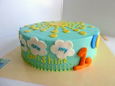 You are my sunshine 1st birthday cake