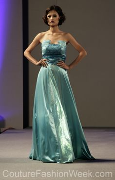 Andres Aquino 꾸뛰르 패션위크 뉴욕 봄컬렉션 2013 #패션위크#패션#꾸뛰르#Andres Aquino#스타일#여자#모던디자이너#모델#아쿠아#사틴#드레스#패션쇼#뉴욕