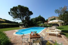 beautiful holiday villas for rent in central Italy