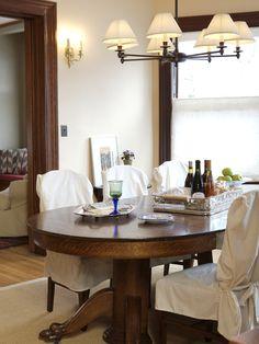 LIVING ROOM TRANSFORMED INTO ELEGANT DINING