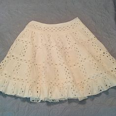 Anthropologie Anna Sui Skirt Gorgeous skirt..excellent condition...perfect for spring and summer.. you'll feel special! 109% cotton Length 21.5 inches Anthropologie Skirts A-Line or Full