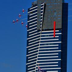 """The RAAF Roulettes flying pastEureka Towerfor#ausgp#Melbourne#GrandPrix"""