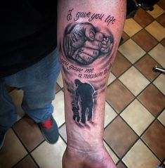 It is hard to describe the relationship between a father and son. Honestly, no father son tattoos in this world can truly describe the beautiful bonding that the two share perfectly. Meaningful Tattoos For Girls, Cool Tattoos For Girls, Cute Girl Tattoos, Daddy Tattoos, Father Tattoos, Family Tattoos, Tatoos, Baby Tattoo For Dads, Tattoo For Son