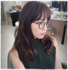 Japanese Girl, Actresses, Glasses, Hair Styles, Womens Fashion, People, Beauty, Japan Girl, Female Actresses