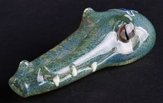 Chameleon Louis the Gator Glass Pipe