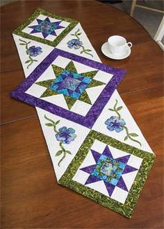 Star Flower Table Runner - Quilting Digest