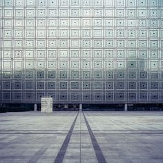 Institut de Monde Arabe / Paris, France. photographed by Andrés Medina.