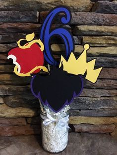 Disney Descendants Birthday Party Centerpiece by PaperMadeParty