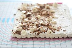 Budapest roll with mocha cream-bananas and daim - Passion For Baking :::GET INSPIRED::: Candy S, Bananas, Budapest, Mocha, Rolls, Food And Drink, Sweets, Passion, Holidays