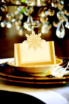 Set your Christmas dinner table in style with Anna Griffin holiday place cards, featuring stunning foil stamped acccents. Just $7.00 for 10 die cut place cards: http://shop.annagriffin.com/holiday/stationery/holiday-luster-place-cards.html#.UrHRWkbeARI