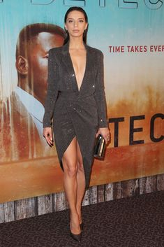 "Angela Sarafyan in Julien Macdonald Pre-Fall Alexis Bittar earrings, an Emm Kuo clutch and Casadei pumps at the ""True Detective"" Season 3 Premiere in Los Angeles Julien Macdonald, Dakota Fanning, Celebrity Updates, Celebrity Look, Angela Sarafyan, True Detective Season, Peplum Dress, Wrap Dress, Lady Gaga"