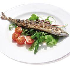 Portuguese food - A Toca - 343 Wandsworth Road Portuguese Recipes, Portuguese Food, Me Toque, London Eats, Pubs And Restaurants, Grilled Fish, Asparagus, Brixton, Vegetables