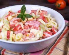Salade de pâtes : http://www.fourchette-et-bikini.fr/recettes/recettes-minceur/salade-de-pates.html