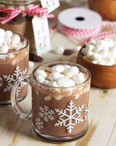 The Very Best Hot Cocoa Mix. The perfect blend of chocolatey flavor with one little secret ingredient makes this the Very Best Hot Cocoa Mix around. Hot Chocolate Bars, Hot Chocolate Recipes, Gluten Free Chocolate, Hot Cocoa Recipe, Cocoa Recipes, Mini Desserts, Hot Cocoa Mixes, Christmas Drinks, Christmas Cup