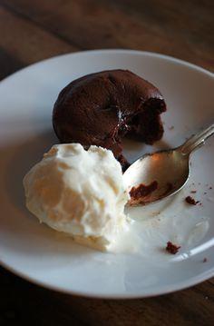 Poires au Chocolat: Melted Heart Chocolate Fondants