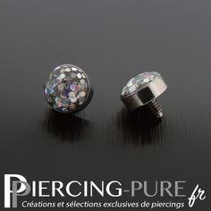 Microdermal acier avec dôme pailleté blanc irisé de diamètre 4mm. Ear Jacket, Ear Rings, Climbers, Cufflinks, Stud Earrings, Pure Products, Makeup, Accessories, Jewelry