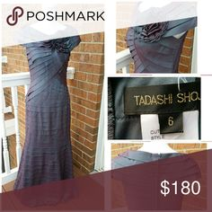 Tasashi Shoji Night Gown Excellent pre owned condition Dresses