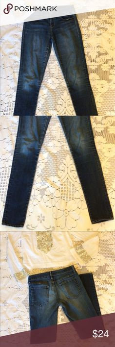 🦋Love these skinny jeans! 😎Articles of Society size 28 favorite skinny jeans. Medium wash. Great condition. Macy's $68 Articles Of Society Jeans