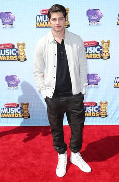 Chris Galya- radio disney music awards 2014