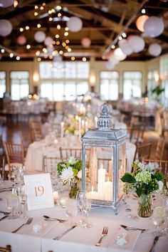 Photo by CLY BY MATTHEW www.clybymatthew.com Liberty House NJ wedding, Great center piece.