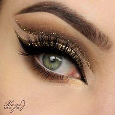 Glitter on my mind Makeup Tutorial - Makeup Geek