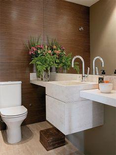 Embora o apartamento fosse novo, os proprietários queriam ambientes personal...