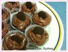 Sophia's Easy Cupcake Recipe. Don't they look sensational!