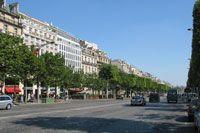 Champs Elysees seen towards Arc de Triomphe