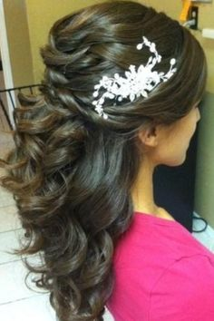 Curly hair style with fish tale braid <3 So pretty!