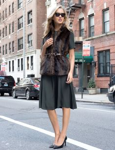 forest green dress 2017 with fur vest