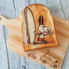 Windsurfing Snoopy toast art by (@fuki_kuma0036)